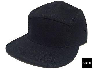 VANADI PATCHED BACK LOGO 5 PANEL CAP BLACK<BR>ヴァナディ パッチド バック ロゴ 5 パネル キャップ ブラック