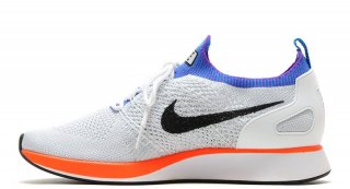 <img class='new_mark_img1' src='https://img.shop-pro.jp/img/new/icons41.gif' style='border:none;display:inline;margin:0px;padding:0px;width:auto;' />NIKE AIR ZOOM MARIAH FLYKNIT RACER WHITE/HYPER CRIMSON<BR>ナイキ ズーム マライアレイサー フライニット ホワイト/ハイパークリムゾン
