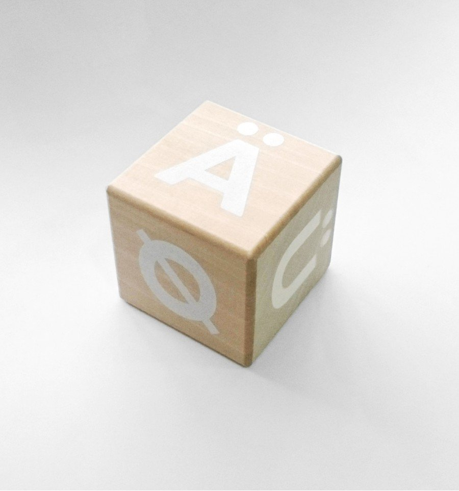 ooh noo(オーノー)<br> Alphabet blocks - special letters<BR>Nordic/German - white