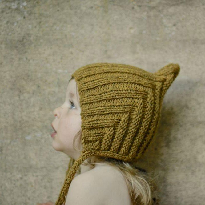 Typically Red(ティピカリーレッド)<br>Chubby Pixie hat <BR>Straw<BR>ボンネット ニット帽