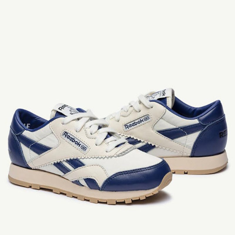 <img class='new_mark_img1' src='https://img.shop-pro.jp/img/new/icons5.gif' style='border:none;display:inline;margin:0px;padding:0px;width:auto;' />The animals observatory(TAO)<BR>Reebok(リーボック)×TAO コラボシューズ<BR>クラシックナイロン GTD47<BR>green, navy