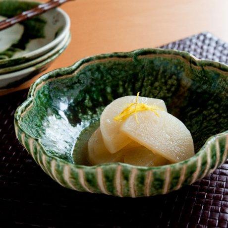 織部輪花鉢