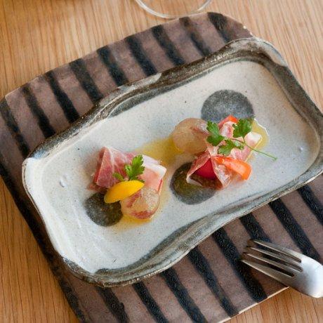 白水玉削ぎ長方皿(小)