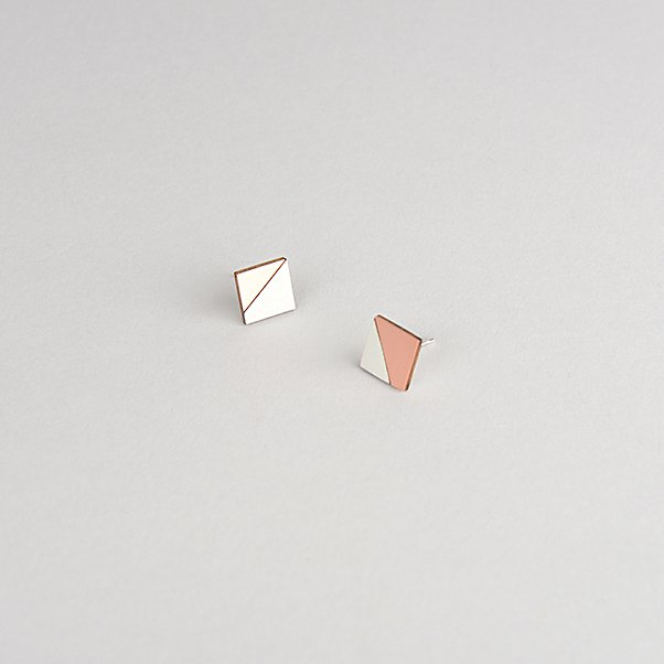 FORM EARRING SQUARE