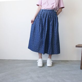 <img class='new_mark_img1' src='//img.shop-pro.jp/img/new/icons20.gif' style='border:none;display:inline;margin:0px;padding:0px;width:auto;' /> Original Chambray Pleats Skirt  YUiNO