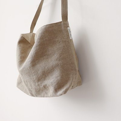 <img class='new_mark_img1' src='//img.shop-pro.jp/img/new/icons14.gif' style='border:none;display:inline;margin:0px;padding:0px;width:auto;' />Italian Linen Shoulder Bag -ARTE POVERA-