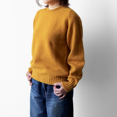 <img class='new_mark_img1' src='https://img.shop-pro.jp/img/new/icons14.gif' style='border:none;display:inline;margin:0px;padding:0px;width:auto;' />Wool Crew Neck Sweater -Jamieson's-