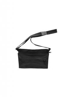 MONOCHROME / TRAPEZE SHAPED IPHONE HOLDER BAG 2018 AW