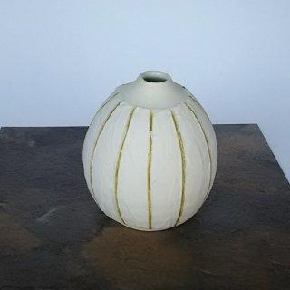 幸せの一輪挿し/ 白い花瓶/ 金