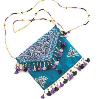 Kara Raksha ラバリ刺繍ショルダーバッグ