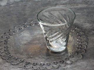 イランの手吹きガラス ひねりグラス