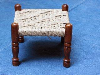 インド  縄編みの角椅子