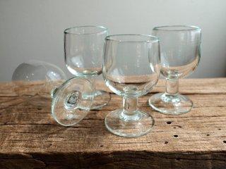 イランの手吹きガラス  ワイングラス