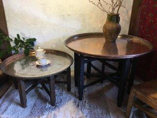 トルコの銅製テーブル 足付き