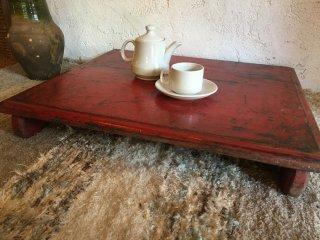 インドの古いローテーブル