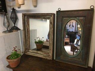 インドの古い木枠の鏡 2点