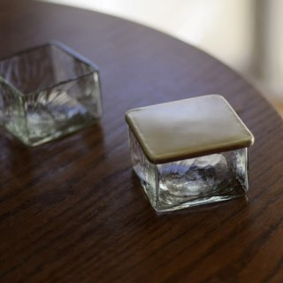 バターケース(リサイクル瓶のクリア・真鍮)