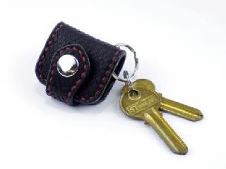 ウォレットキーホルダー オールパイソン(ブラックパイソン) (縫い糸レッド)内側ブラック