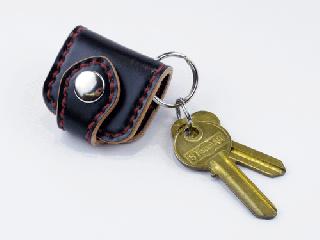 ウォレットキーホルダー コードバン(ブラック) (縫い糸レッド)