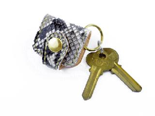 ウォレットキーホルダー オールパイソン(縫い糸ナチュラル)内側ナチュラル 真鍮金具
