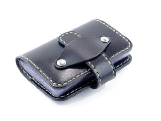 20枚収納カードケース ブラック(縫い糸ナチュラル)
