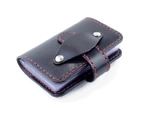 20枚収納カードケース ブラック(縫い糸レッド)