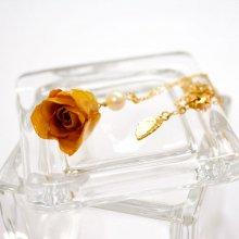 薔薇の蕾ネックレス・ゴールド(山吹茶)