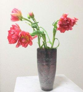 ガラス花器パープル・ホワイトスプレー (φ12.5-7.5xh25cm)
