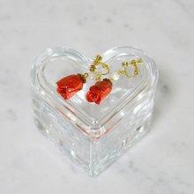 薔薇の蕾イヤリング・フレンチローズ(甚三紅)