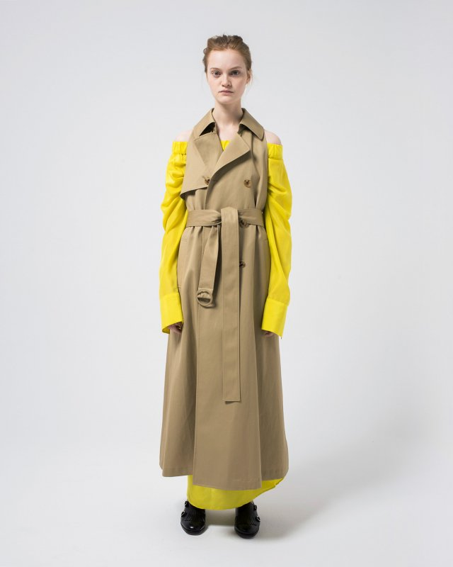 weapon sleeveless trench coat