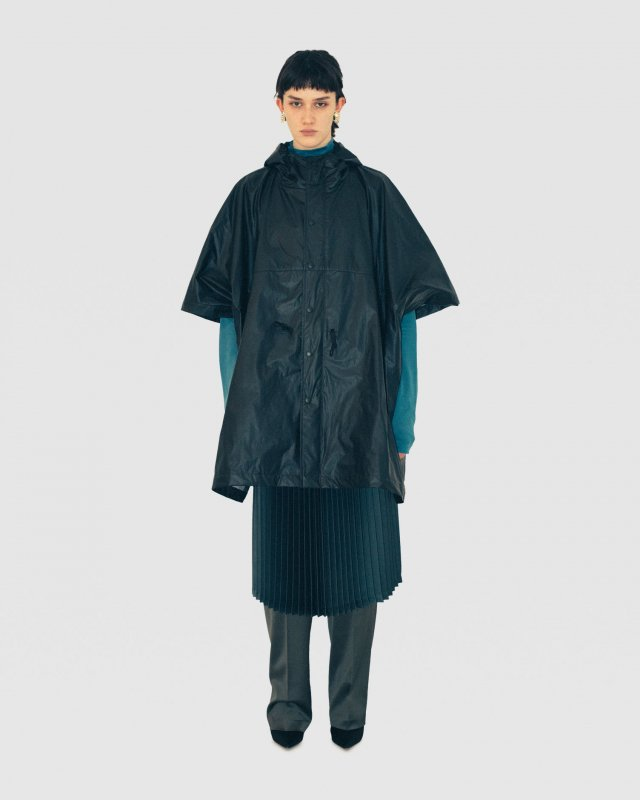 Tyvek Lamination Hooded Rain Cape