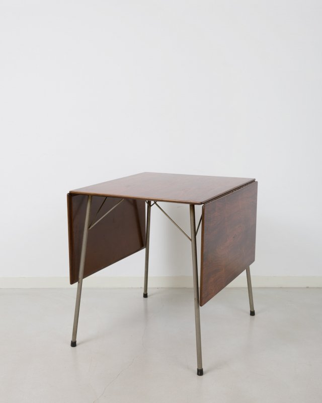 Arne Jacobsen  Butterfly table