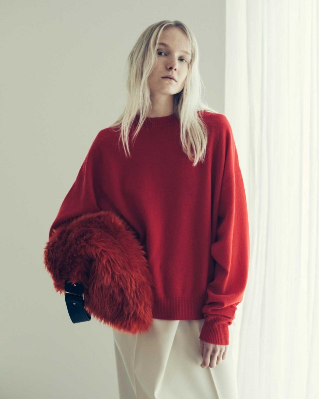 Fulling wool crew neck sweater