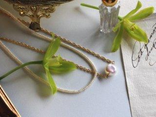 フラット淡水パールの一粒ネックレス