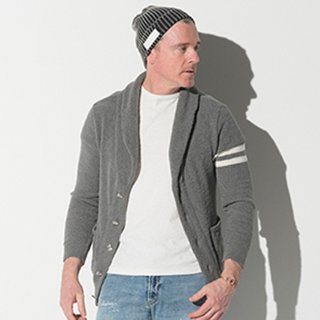 <img class='new_mark_img1' src='//img.shop-pro.jp/img/new/icons1.gif' style='border:none;display:inline;margin:0px;padding:0px;width:auto;' />BOA PILE SHAWL CARDIGAN GREY