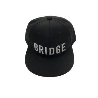 BRIDGEフラットバイザーキャップ