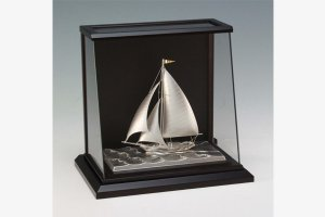 銀製 ヨット6号(カッター) スロープケース