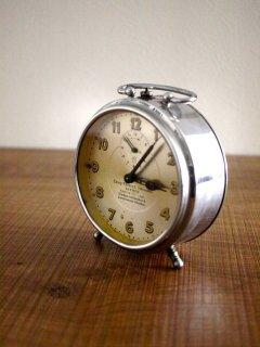 ドイツJUNGHANS社 目覚まし時計(junk)