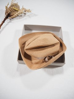 mature ha.  BOXED HAT abaca 7�