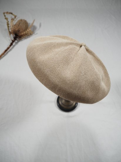 mature ha.  beret top gather big silk MAS19-20 7