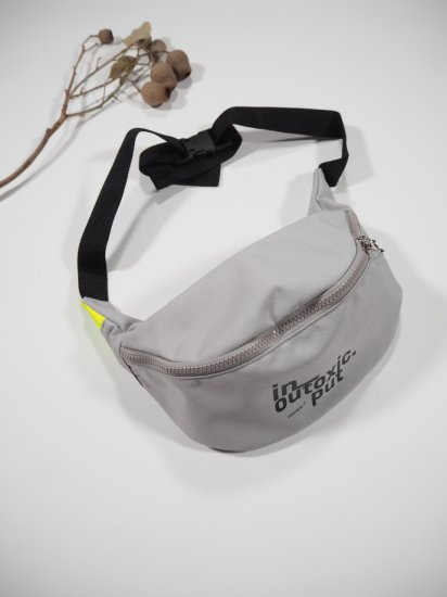 INTOXIC.  FANNY PACK  MS-013 4