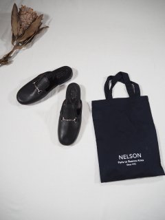 <img class='new_mark_img1' src='https://img.shop-pro.jp/img/new/icons14.gif' style='border:none;display:inline;margin:0px;padding:0px;width:auto;' />NELSON LEATHER BIT ZAPATILLAS