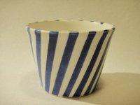 堀中由美子 青いストライプカップ