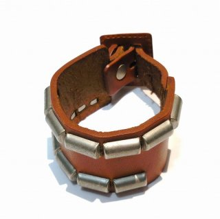 hobo SQUARE BUCKLE LEATHER BRACELET(ベージュ)