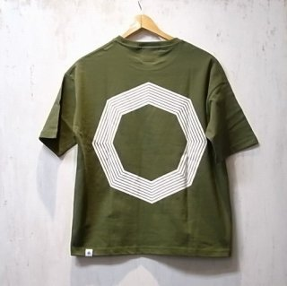 GDC EIGHTFOLD OCTAGON BIG tee(カーキ)
