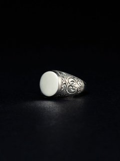 ANTIDOTE BUYERS CLUB Signet Engraved Ring(シルバー)