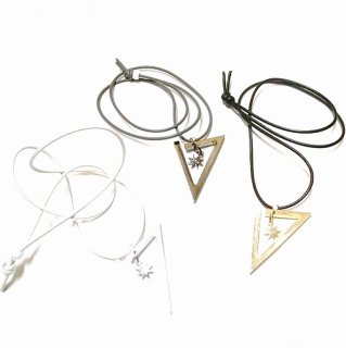 GDC TRIANGLE NECKLACE