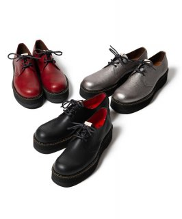 glamb 3 hole shoes
