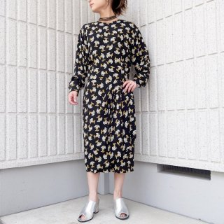 <img class='new_mark_img1' src='//img.shop-pro.jp/img/new/icons5.gif' style='border:none;display:inline;margin:0px;padding:0px;width:auto;' />【DRESS】