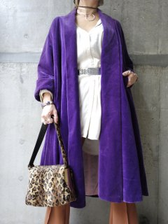 【PURPLE VELVET ROBE】<img class='new_mark_img2' src='//img.shop-pro.jp/img/new/icons5.gif' style='border:none;display:inline;margin:0px;padding:0px;width:auto;' />